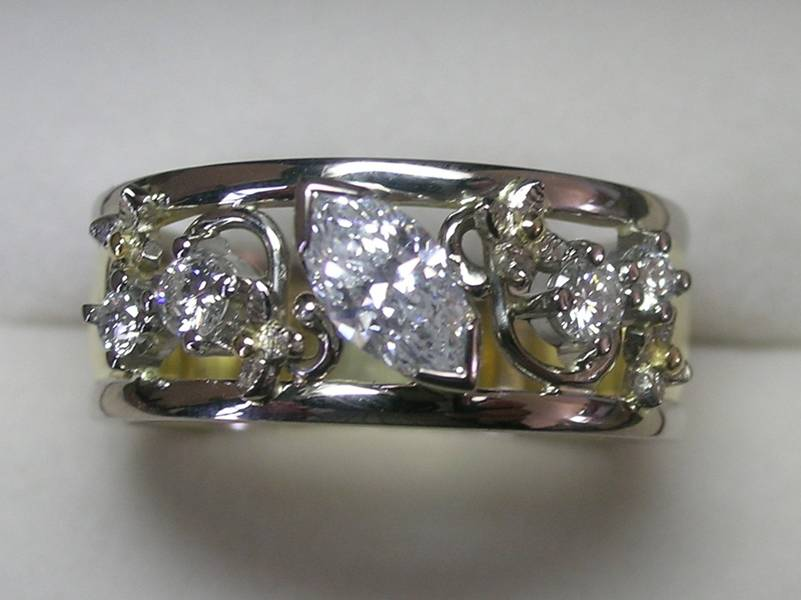 Stunning Contemporary Design Brilliant Cut Diamond Ladies