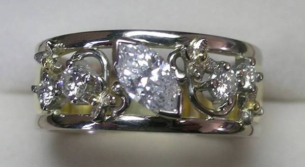 Diamond contemporary style ring