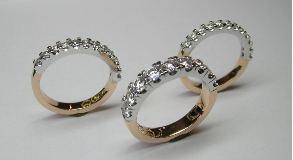 Rose and white gold diamond ring set