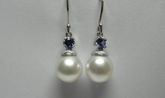 South Sea pearl and Ceylon sapphire earrings