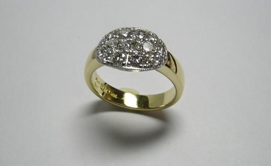Brilliant diamond occasion ring