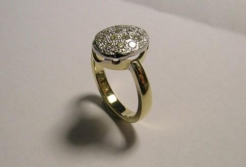 Antique style diamond ladies occasion ring