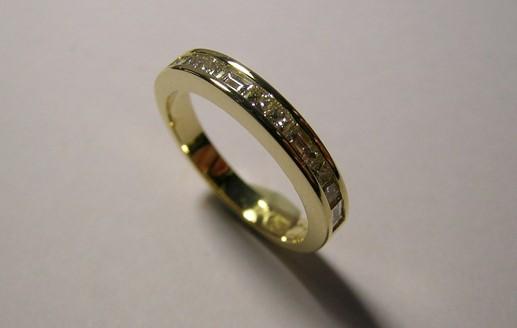 Baguette and princess cut diamond wedding ring