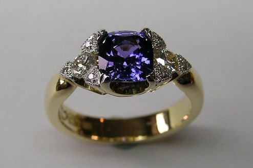 Sparkling purple Ceylon sapphire and diamond dress ring