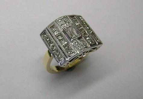 Dazzling Art Deco style diamond dress ring