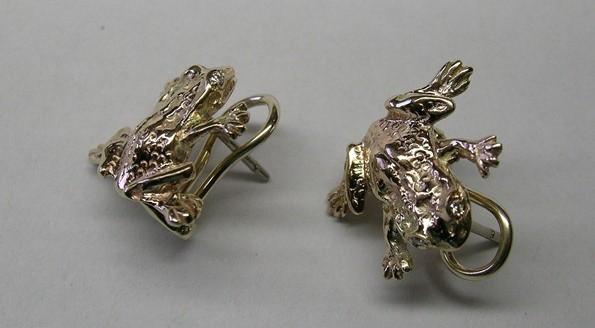 Diamond set gold frog design earrings