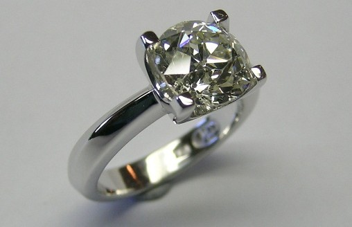 Elegant two carat old fashion cut diamond solitaire diamond ring