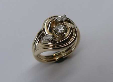 Abstract design ladies diamond dress ring