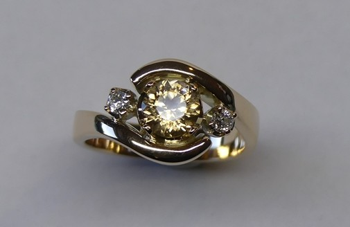 Champagne coloured natural zircon and diamond dress ring